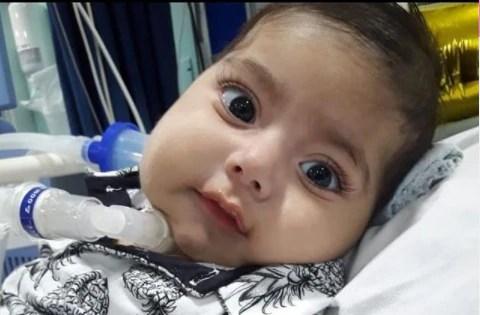 Ian Rivera necesitaba una medicina valorada en USD 2.1 millones. Sus padres hicieron todo lo posible para adquirirla, pero su bebé falleció. (Fotografía tomada de la cuenta de Instagram de Ian Rivera).