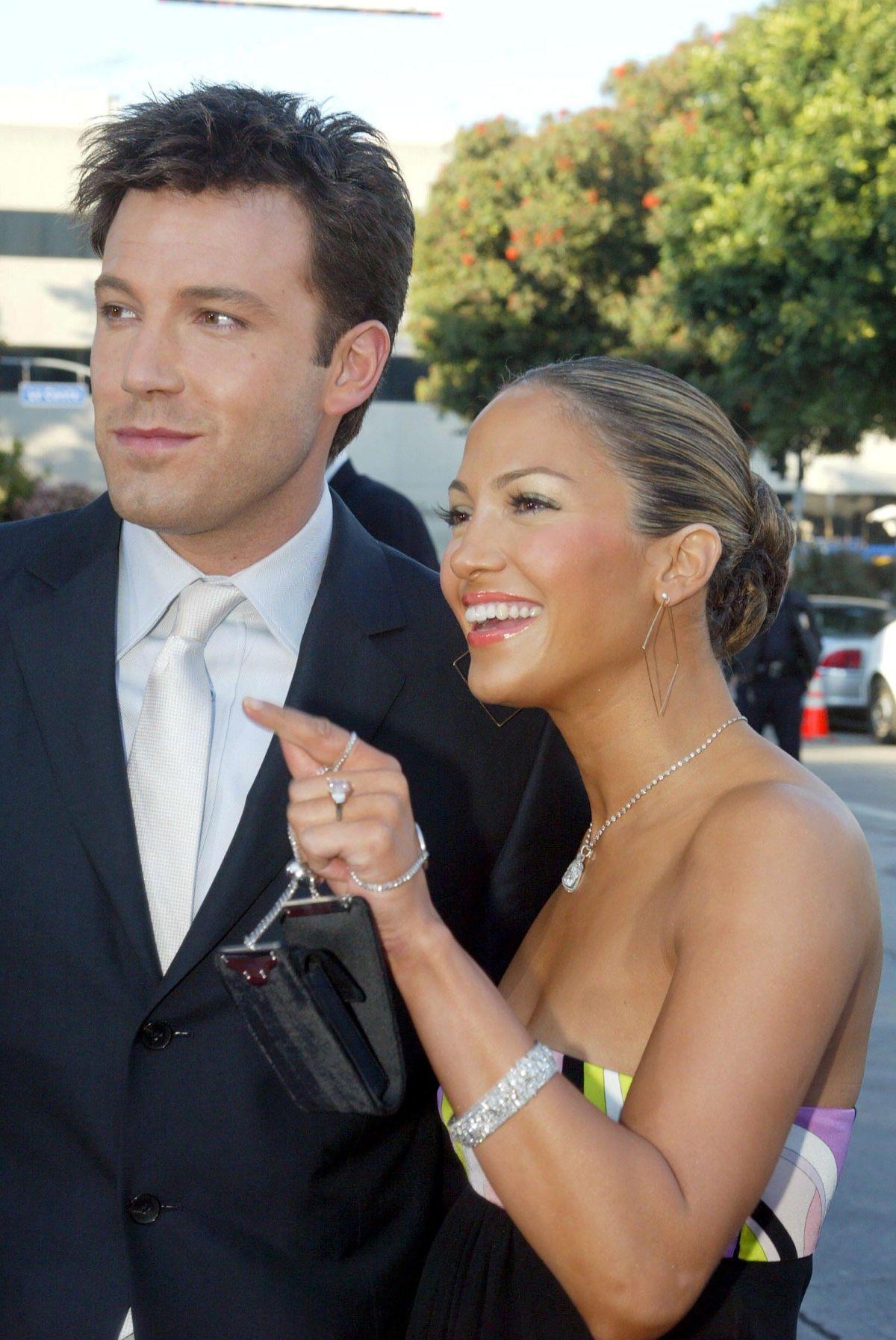 Ben Affleck y Jennifer Lopez en 2003/ Shutterstock