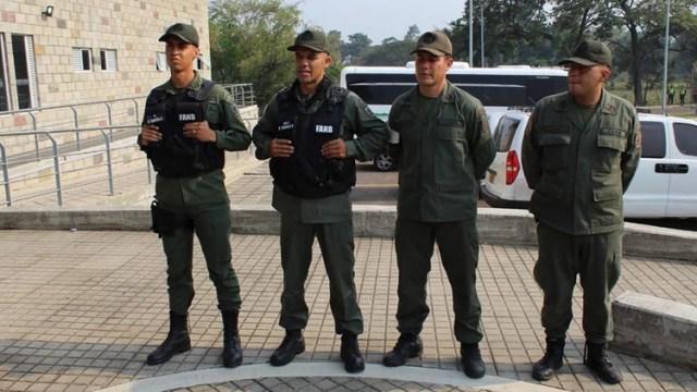 Militares venezolanos desertores
