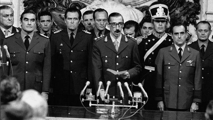El 24 de marzo de 1976 se concretó el Golpe de Estado orquestado por la Junta Militar. Ese día se inauguró la dictadura más sangrienta de la historia argentina