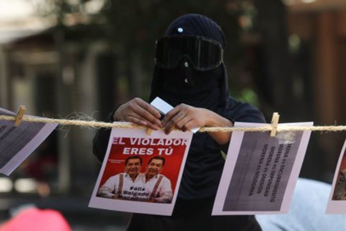Members of feminist collectives protested outside the CEN of Morena against the candidate for governor of Guerrero, Félix Salgado Macedonio (Photo: Cuartoscuro / Archive)