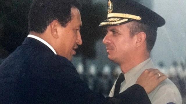 Hugo Carvajal fue un hombre de extrema confianza de Hugo Chávez