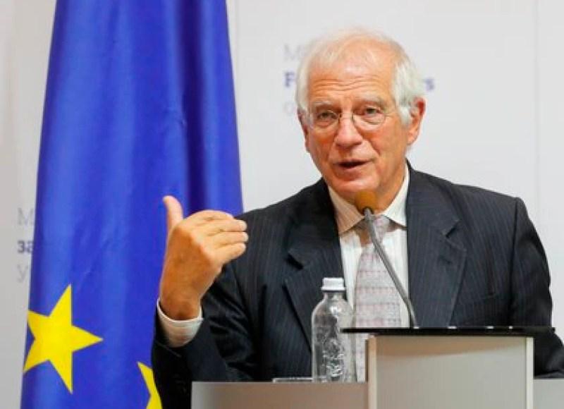 La Unión Europea le advirtió a Nicolás Maduro que no reconocerá las elecciones legislativas en Venezuela si no las aplaza (EFE)