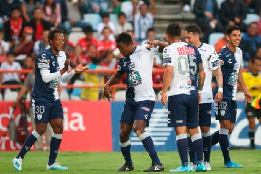"""Pachuca thrashed 3-0 as a visitor to the """"Warriors"""" of Santos with goals from Víctor Guzmán, the Colombian Óscar Murillo and Roberto de la Rosa (Photo: EFE / David Martínez Pelcastre)"""