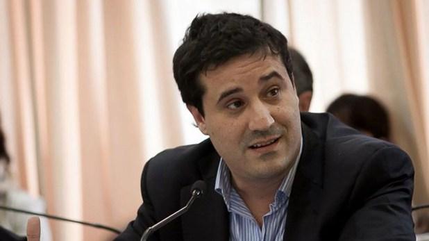 El diputado provincial Maximiliano Abad es uno de los candidatos a presidir la UCR en Buenos Aires