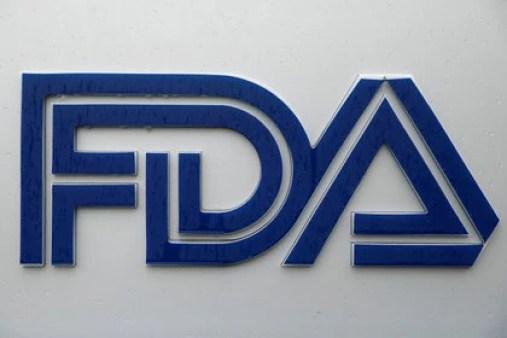 El cartel de la FDA, en Estados Unidos. REUTERS/Andrew Kelly/File Photo