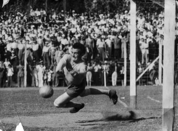 Amadeo Carrizo en acción (River Plate)