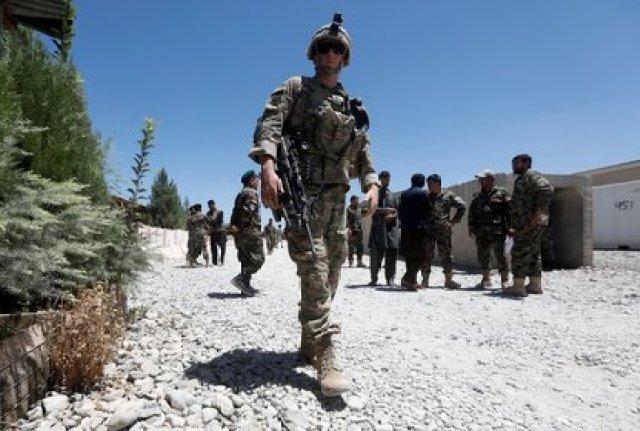 (ARCHIVO) Soldados estadounidenses en Afganistán. REUTERS/Omar Sobhani/File Photo