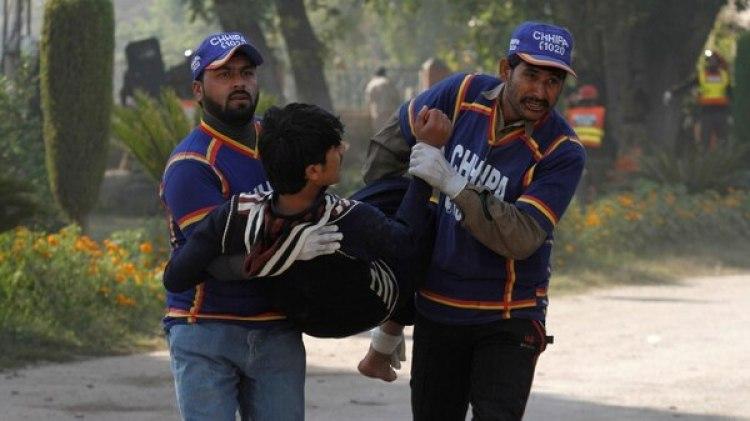 Los portavoces de los hospitales aseguraron haber recibido los cadáveres de nueve personas y haber acogido a 38 heridos (Reuters)