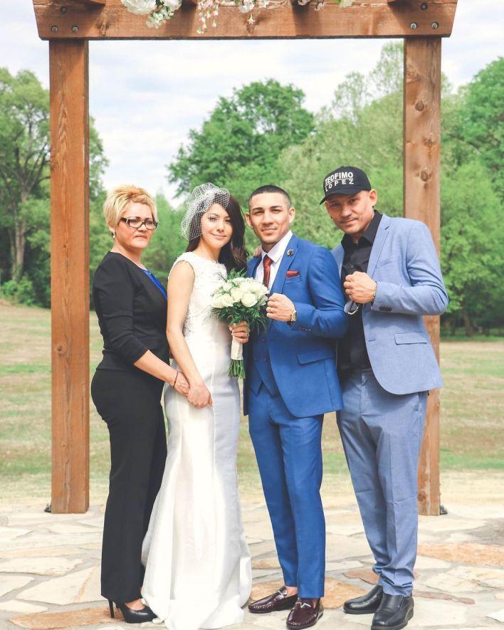 Teofimo Lopez y su novia Cynthia Lopez