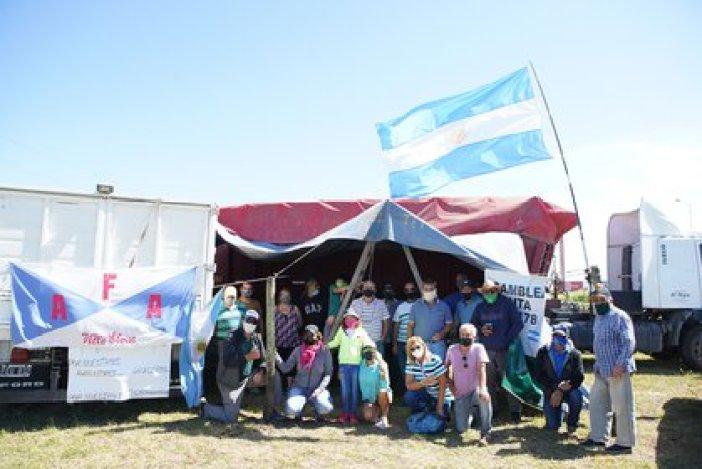 El acampe de los productores agropecuarios en la intersección de las Rutas 9 y 178 en Armstrong, provincia de Santa Fe