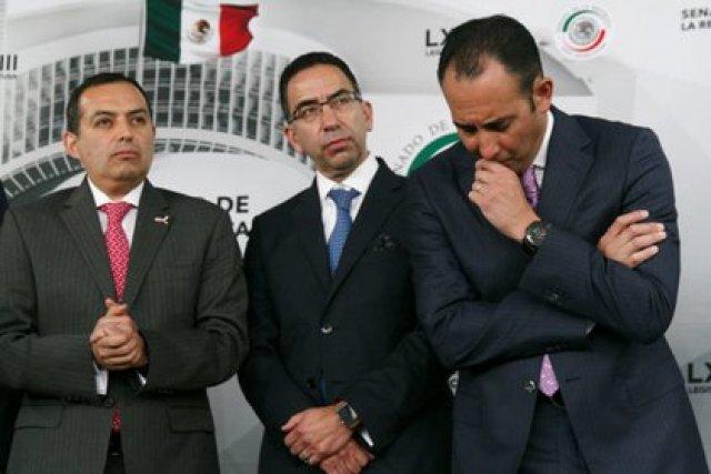 Los senadores panistas Javier Lozano, Jorge Luis Lavalle Maury y Salvador Vega Casillas (FOTO: MOISÉS PABLO /CUARTOSCURO)