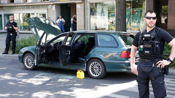 También se halló un contenedor de combustible (Reuters)