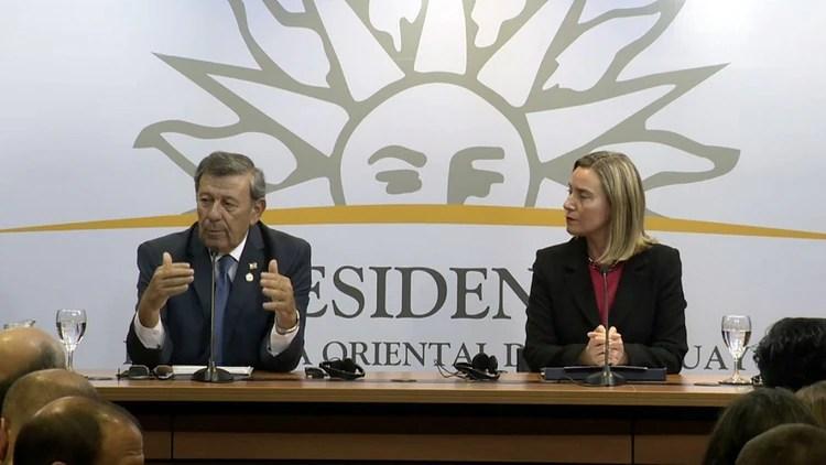 Rodolfo Nin Novoa y Federica Mogherini (César Barrios)
