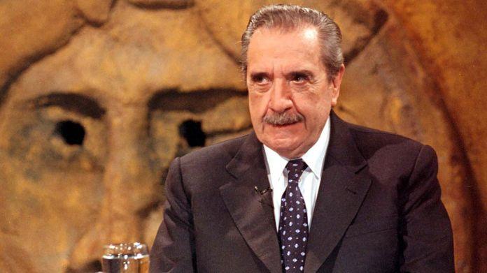 Raúl Alfonsín fue el presidente con el que retornó la democracia en la Argentina (NA)