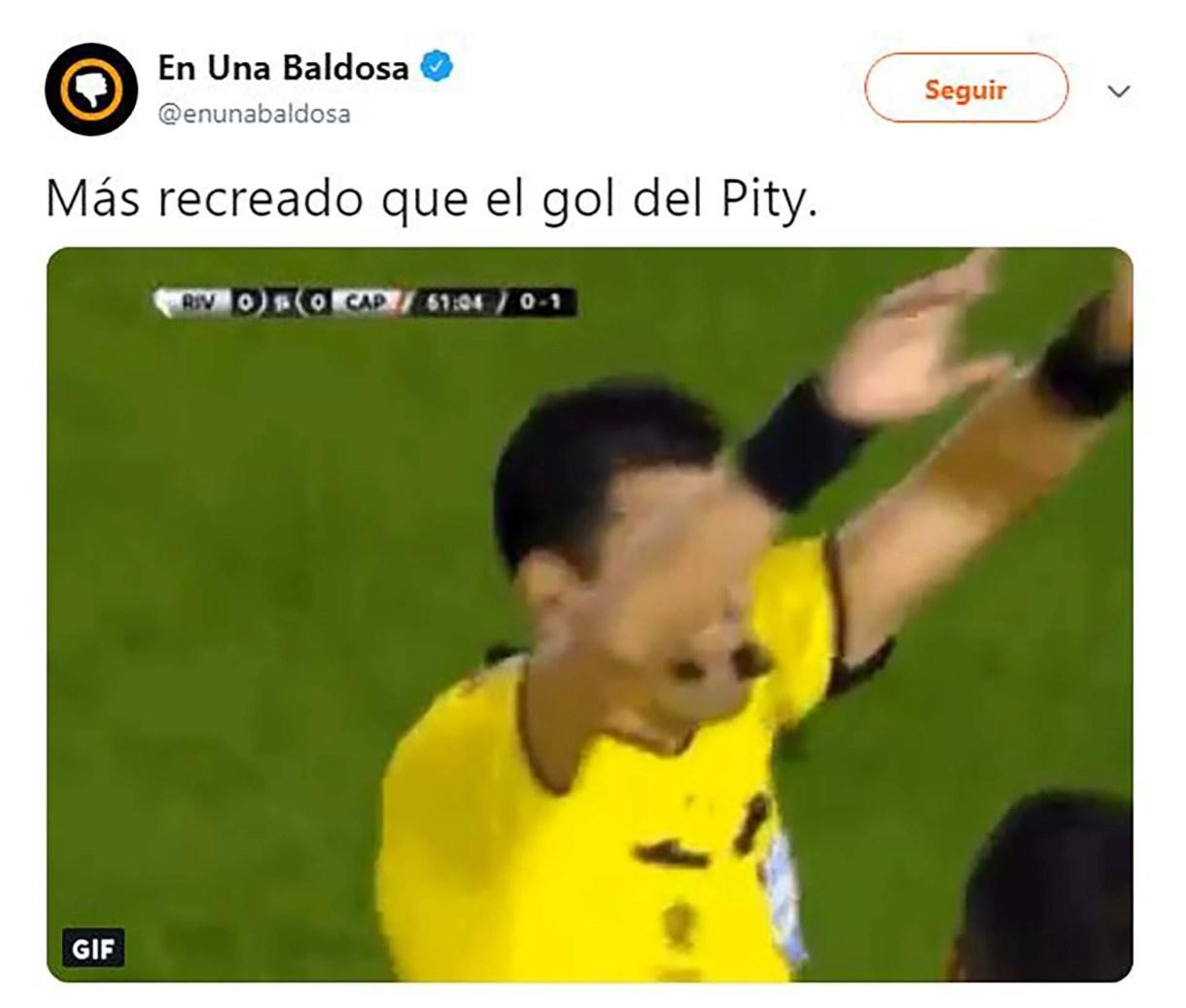 """El primer gol de River llegó a través del VAR por la mano de """"Lucho"""" González"""