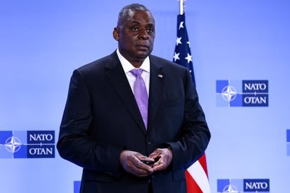 El secretario de Defensa de EEUU Lloyd Austin. Kenzo Tribouillard/Pool via Reuters/File Photo