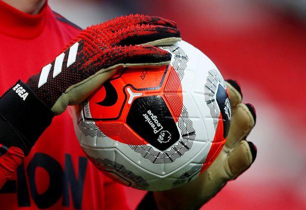 En Inglaterra no hay fecha programada para el reinicio del fútbol (Reuters)