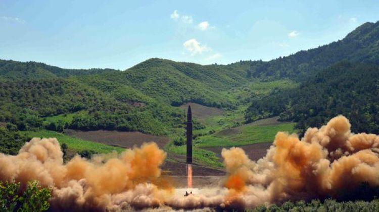 Uno de los misiles balísticos norcoreanos recientemente probados (Reuters/KCNA)