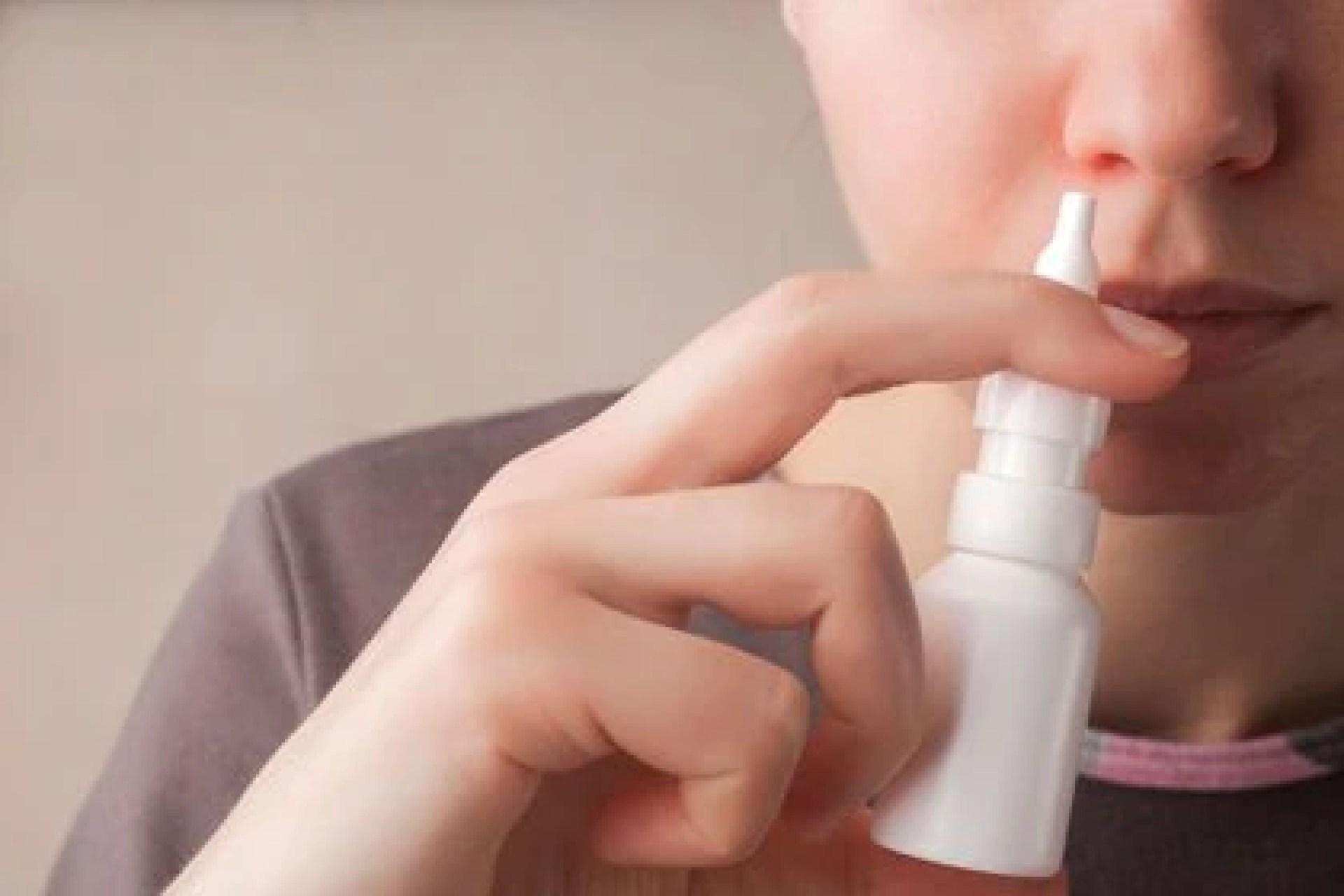 El medicamento es un inhalador de polvo nasal innovador que crea una capa protectora de gel sobre la mucosa nasal y bloquea eficazmente que los virus infecten las células nasales(Shutterstock)