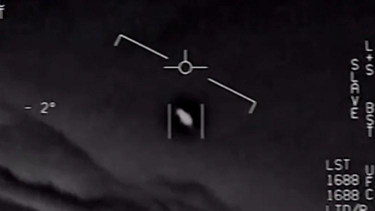 La Armada de Estados Unidos confirmó la autenticidad de tres videos presentados en 2017 sobre diversos avistamientos en el cielo. (Foto: captura de pantalla)