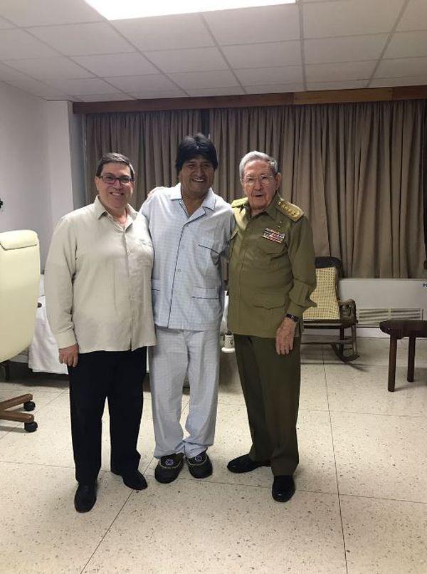 Morales junto a Castro