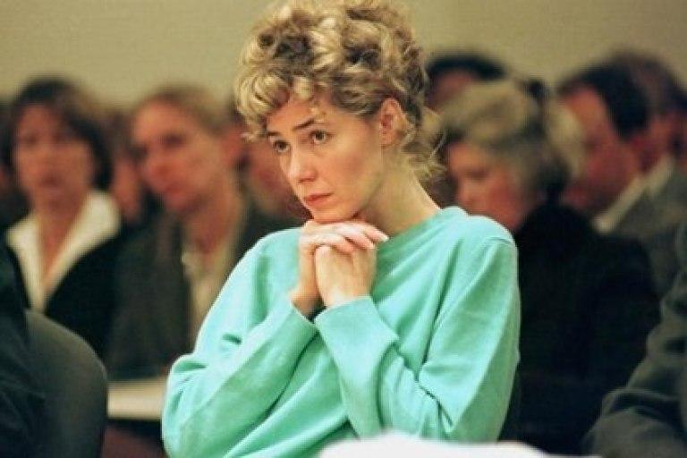 Mary Kay Letourneau durante el juicio en su contra por el que fue condenada a siete años de prisión por violación de un menor (AP)
