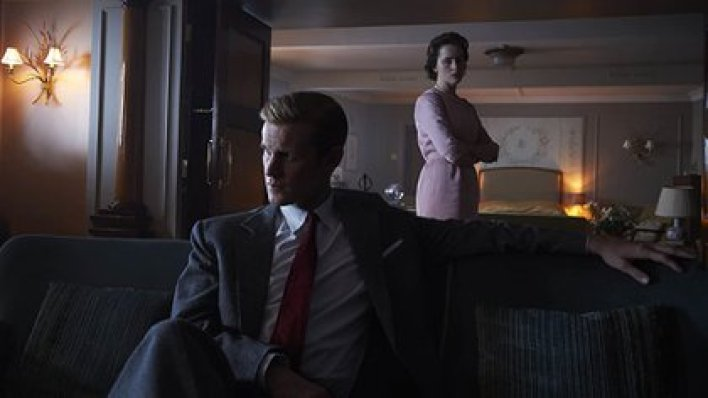 Matt Smith y Claire Foy, en una escena de The Crown