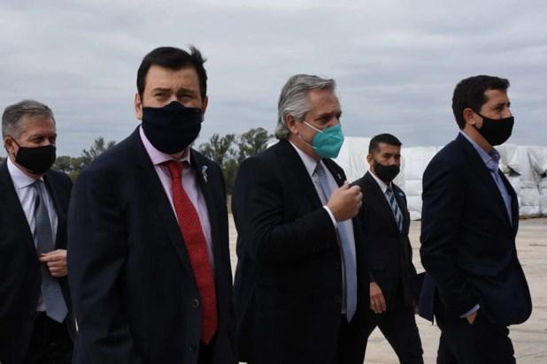 Es la primera vez, desde que se inició la cuarentena, que el Presidente sale de Buenos Aires