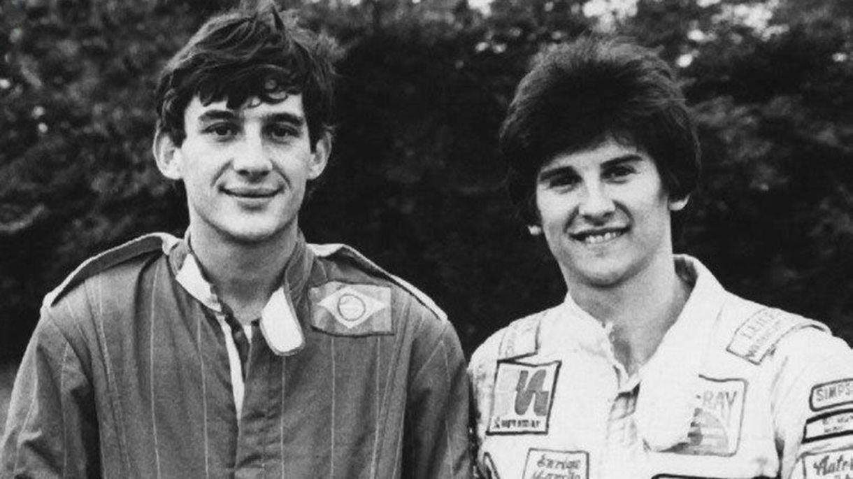 Enrique Mansilla junto a la leyenda brasileña Ayrton Senna