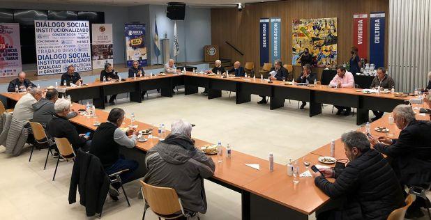 La CGT se reunió en la sede de la UOCRA