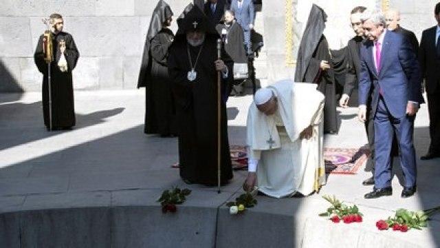 El homenaje del Papa a las víctimas del genocidio armenio (Archivo/Reuters)