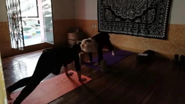Talleres de yoga inbound.
