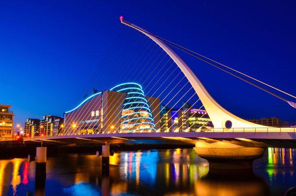 La modernidad también forma parte del paisaje de Dublín. (iStock)