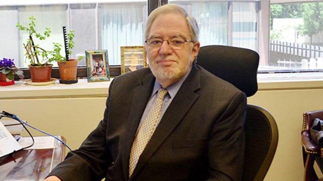 Loser, en su oficina del Centennial Group, la consultora de Washington que ayudó a fundar a su salida del FMI y de la que es presidente para América latina