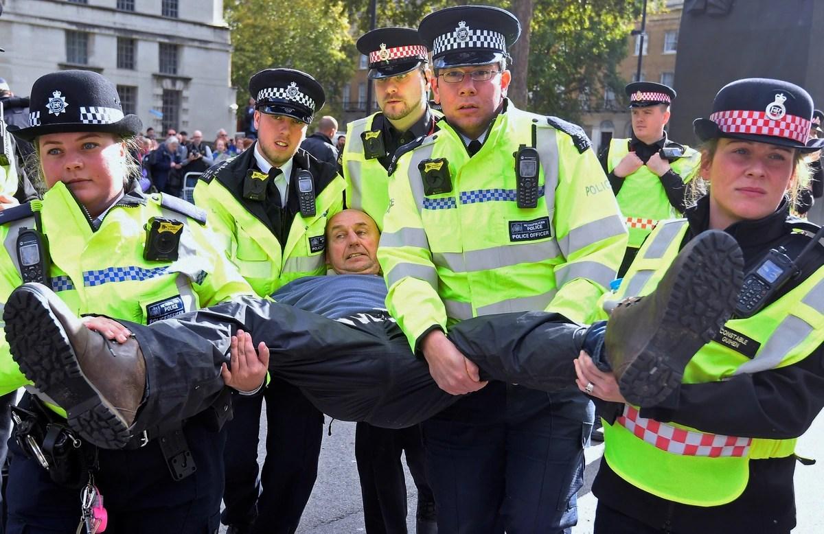 Las protestas en Londres contra el cambio climático ya dejaron más de 500 detenidos