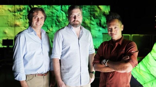 Dr Francisco Estrada-Belli, Thomas Garrison y Dr Albert Lin, en National Geographic Tesoros Perdidos de los Mayas (NatGeo)