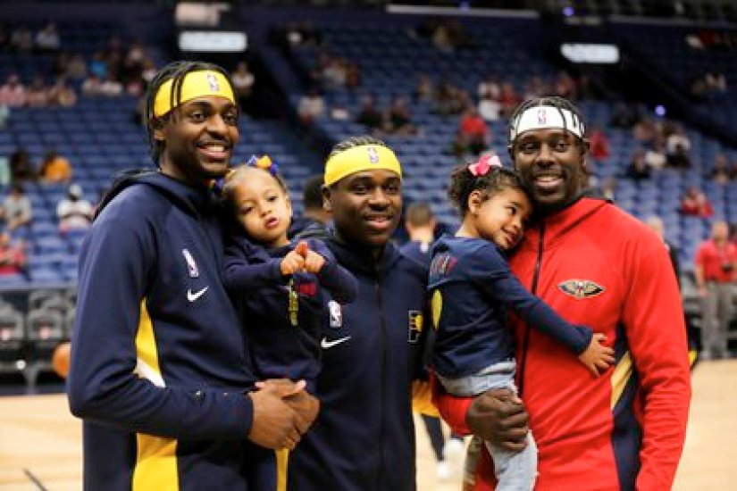 The three brothers were visited by about 30 relatives (USA TODAY Sports)