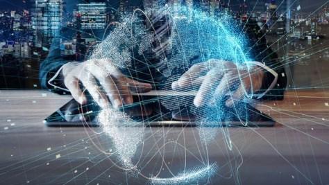 Las redes sociales, los datos masivos, la tecnología móvily la inteligencia artificial afectan a la democracia, que es analógica.