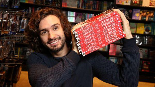 En 2016 las ventas de sus libros alcanzaron los 15 millones de dólares (Darren Kidd/PressEye)