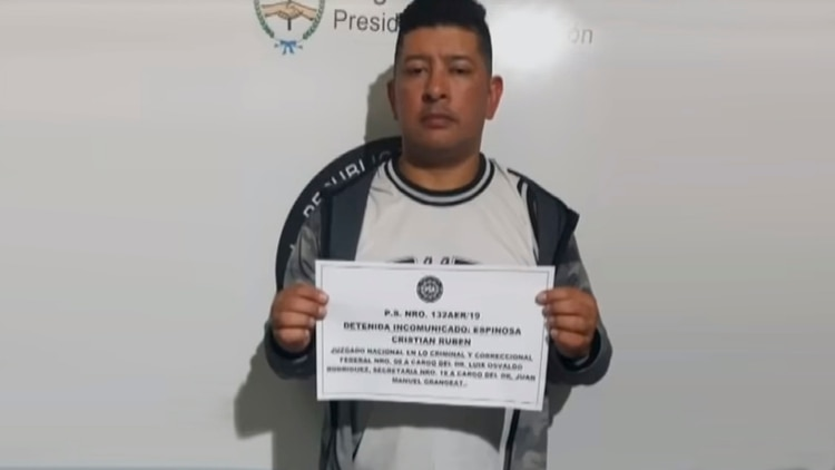 La foto de Cristian Espinoza tras su detención