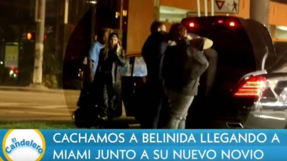 Belinda hablaba por teléfono mientras guardaban su equipaje (Foto: Captura Telemundo)