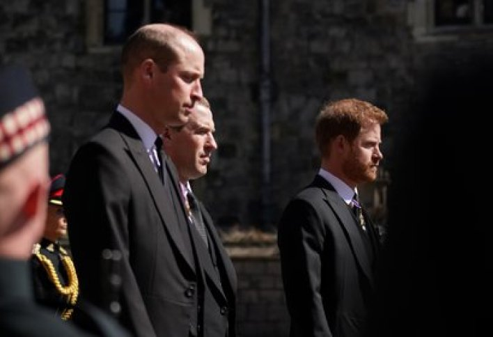 William, Peter Phillips y Harry en el castillo de Windsor (Reuters)