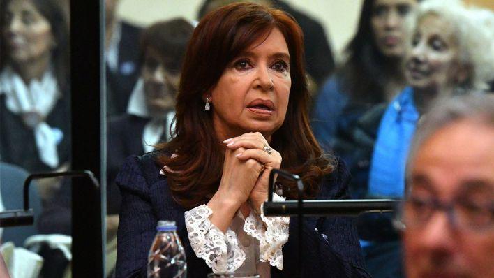 Cristina Kirchner en una de las audiencias del juicio oral (Télam)