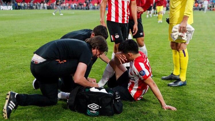Lozano ya se había lastimado en el amistoso que significó su regreso a las canchas después de una lesión que lo marginó de la Copa Oro (Foto: Especial)