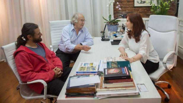 Juan Grabois, junto a Pérez Esquivel y Cristina Kirchner (NA)