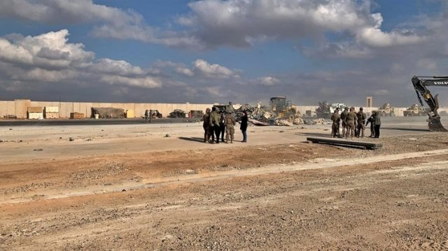La base aérea de Ain al-Asad fue utilizada por primera vez por las fuerzas estadounidenses después de la invasión liderada por los Estados Unidos en 2003 que derrocó al dictador Saddam Hussein (AP)