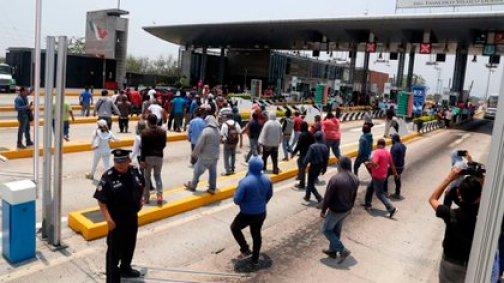 Toma de casetas Morelos (Foto: Cuartoscuro)