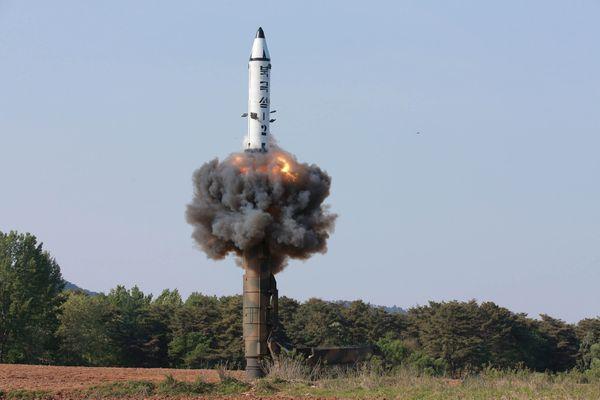 El misilPukguksong-2 (Reuters)