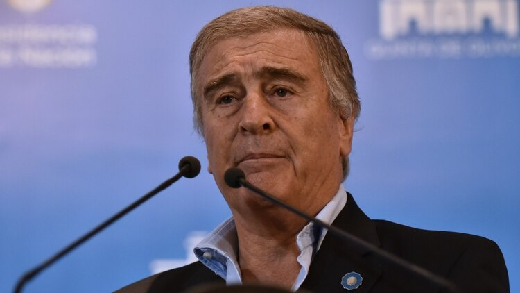 """Oscar Aguad. Lo cuestionaron por """"no saber manejar la crisis"""" (Adrián Escandar)"""
